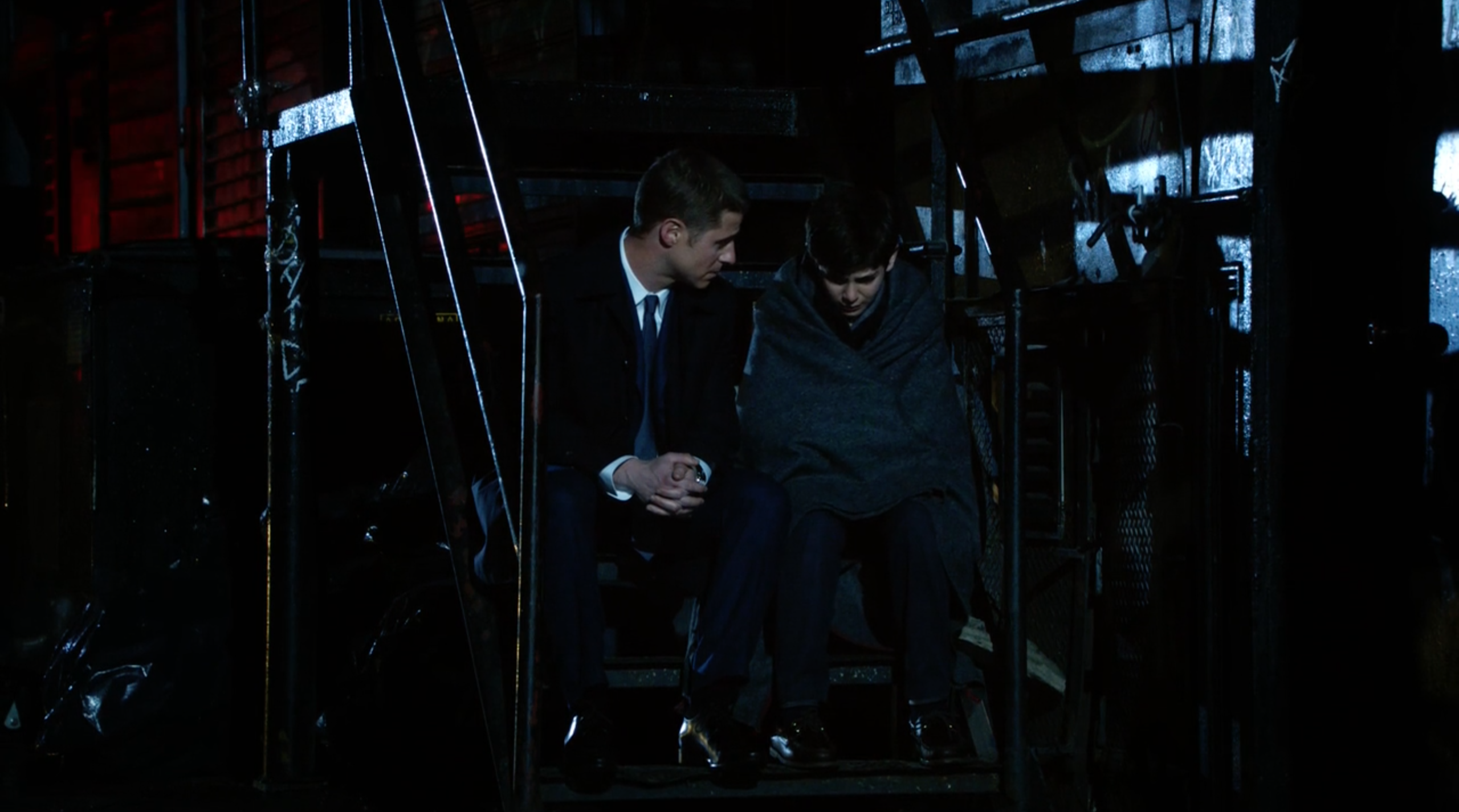 Ben McKenzie as James Gordon & David Mazouz as Bruce Wayne on Fox's 'Gotham'