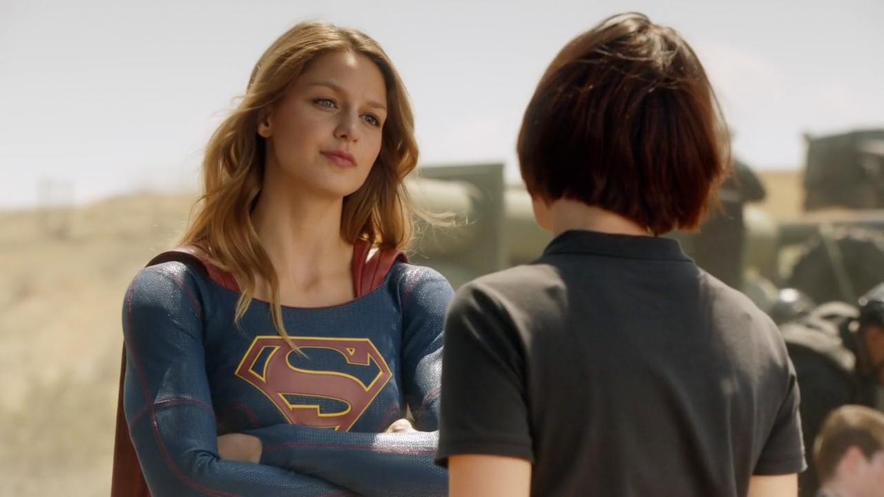 Melissa Benoist & Chyler Leigh in CBS 'Supergirl'