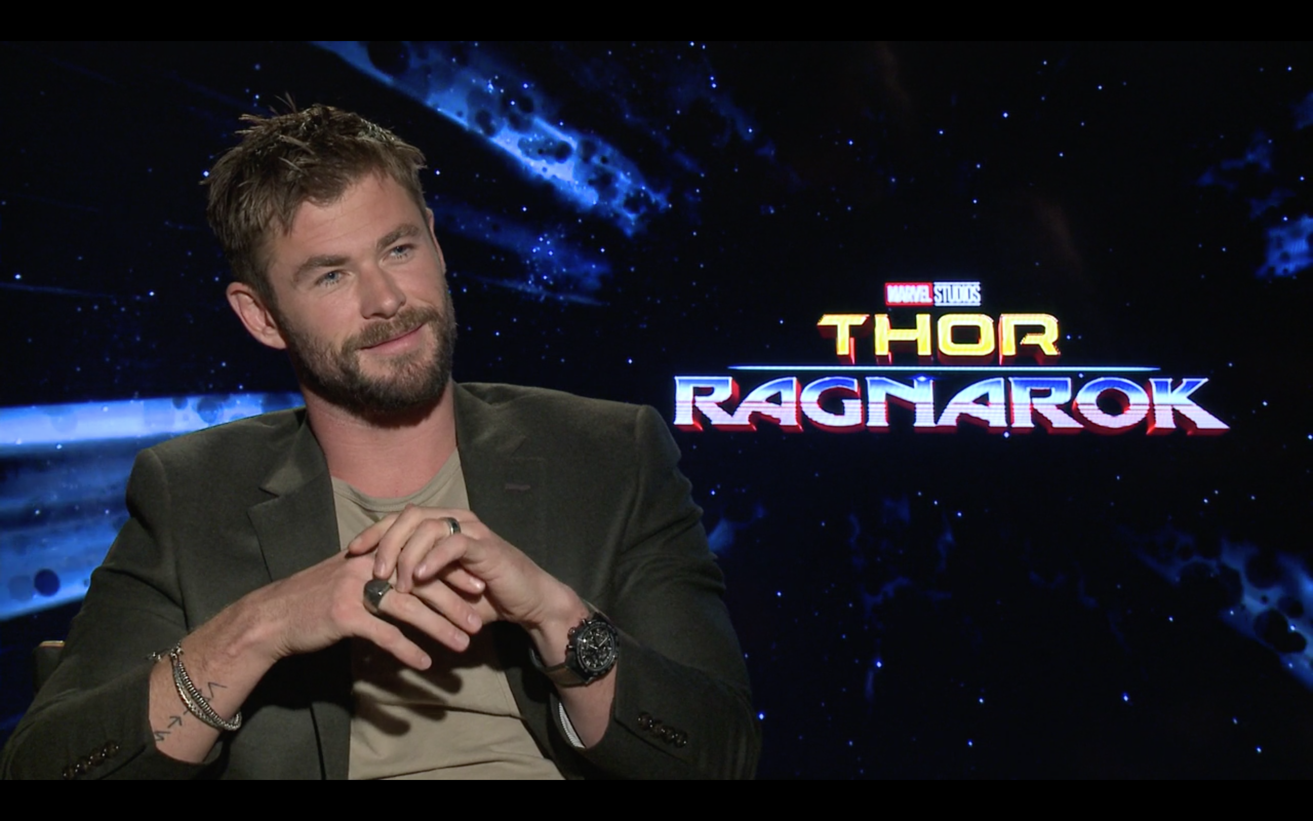 Chris Hemsworth promoting Thor: Ragnarok