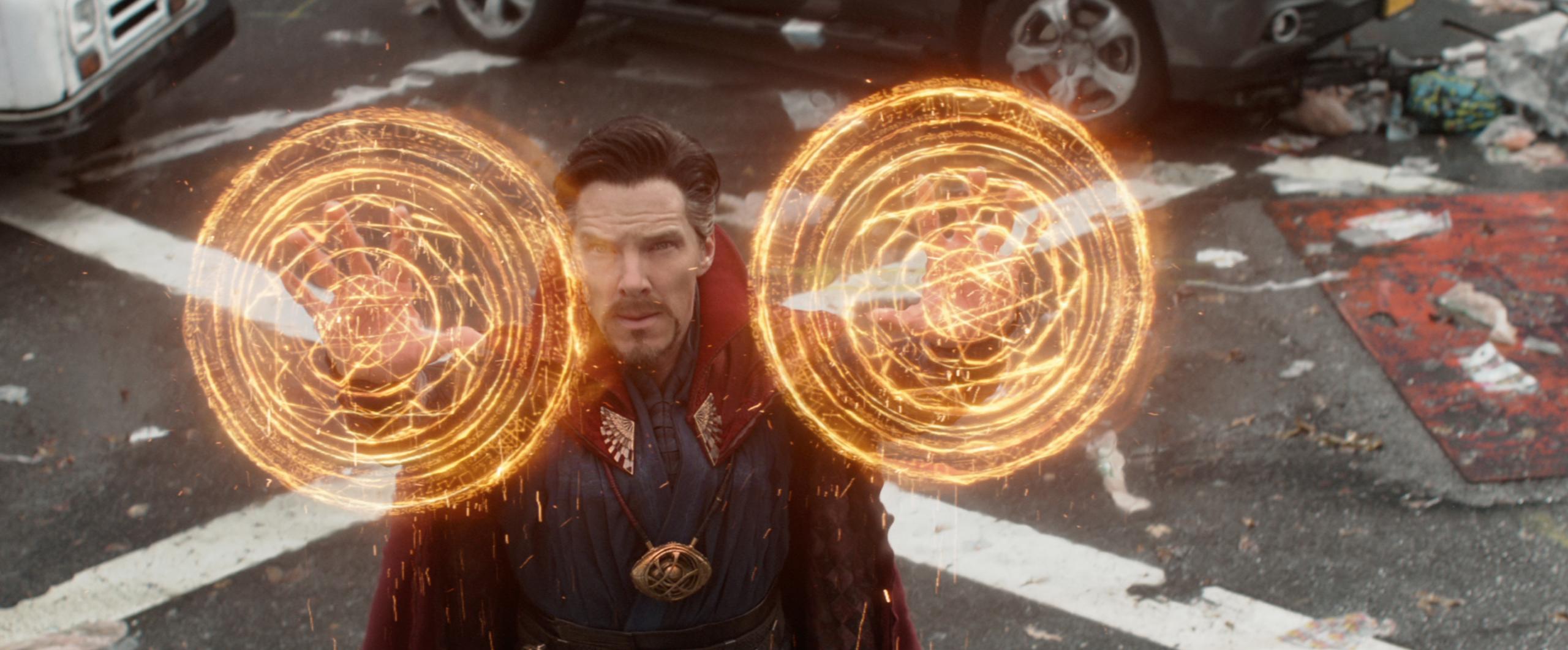 ten key moments from the  u0026 39 avengers  infinity war u0026 39  teaser