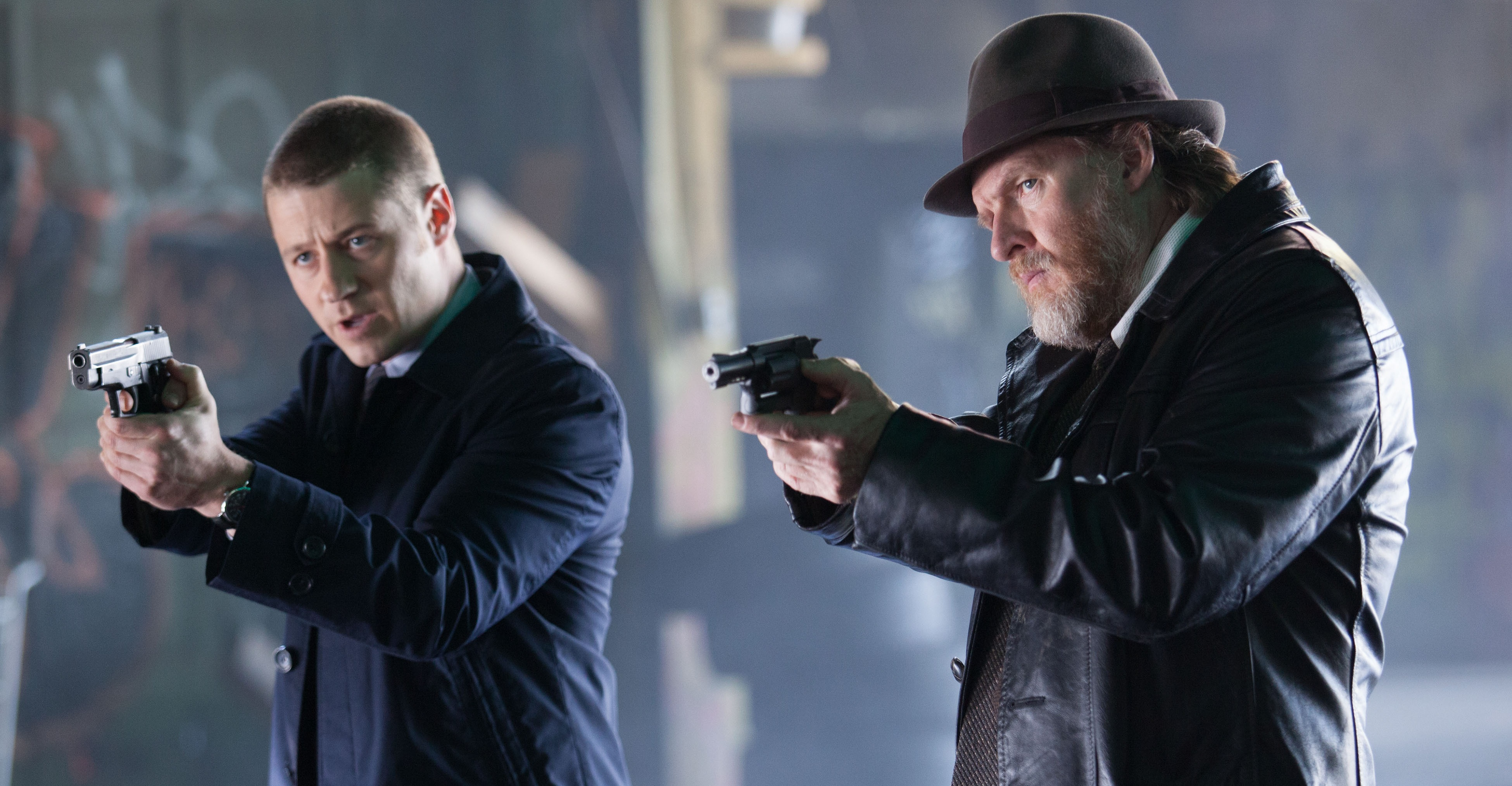Ben McKenzie and Donal Logue in 'Gotham' S01E05 'Viper'