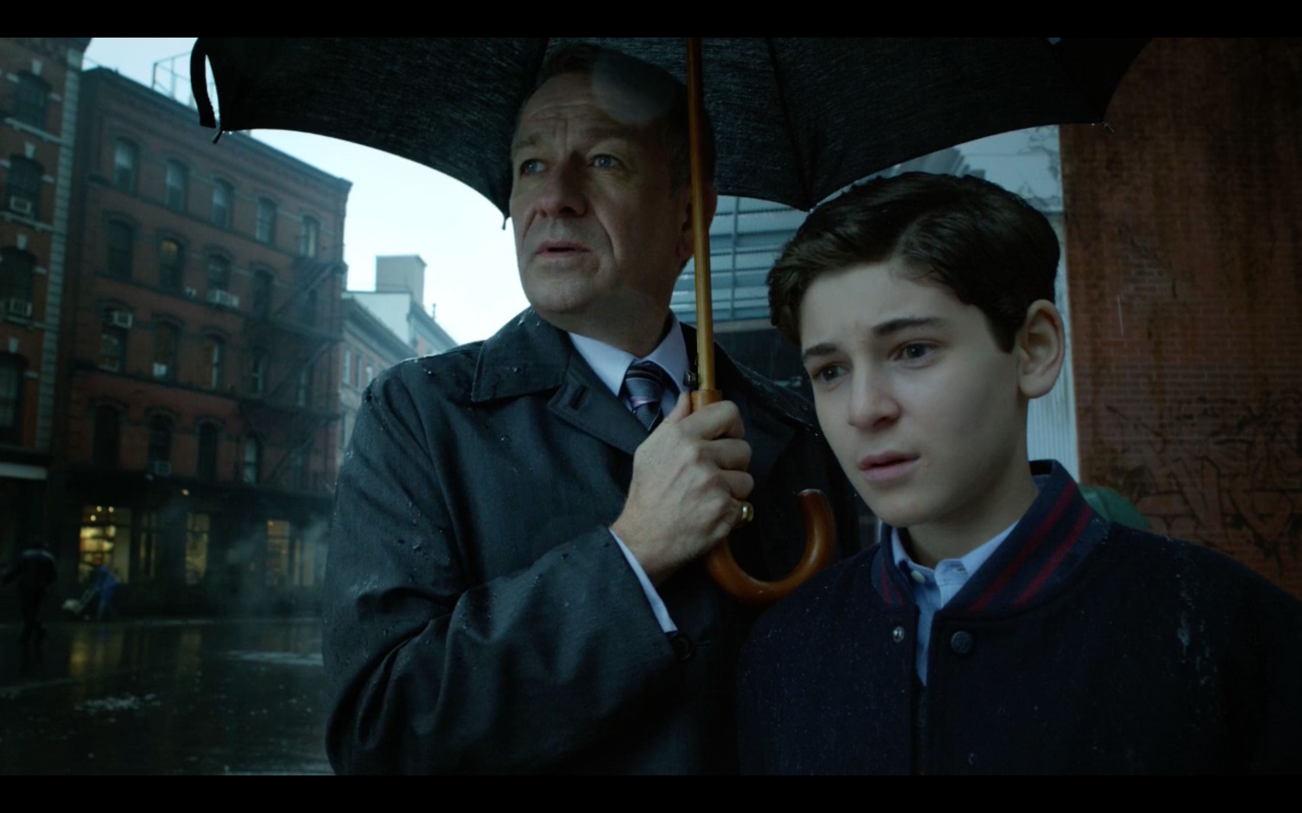 David Mazouz as Bruce Wayne and Sean Pertwee as Alfred Pennyworth in 'Gotham'