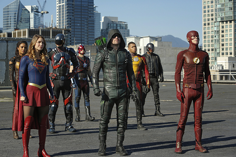 DCTV's heroes star in 'Invasion'